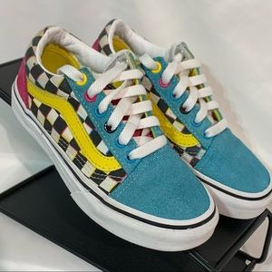 Vans rainbow checkered suede accents. Sz 13